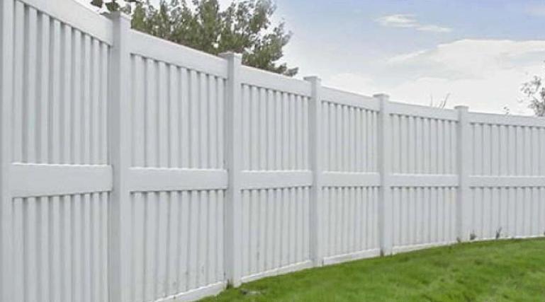 vinyl fencing company pensacola